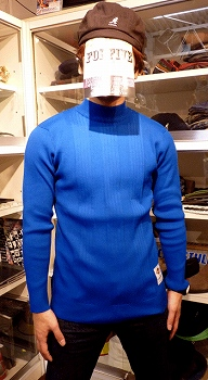 MOCK NECK BLUE